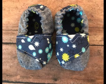 Toms Inspired Baby Shoes : newborn