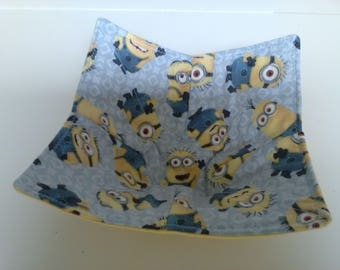 Microwave Bowl Cozy Minions Cartoon Kids Country Rustic Kitchen Handmade Heating Trivet Pot Holder Hot Pad Quilted Cloth Bowl Cereal