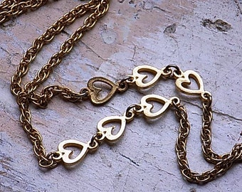 FREE SHIPPING Vintage Goldtone Chain Heart Necklace