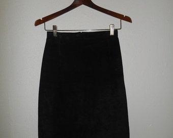 SALE Saks Fifth Avenue Vintage short black suede leather skirt 80s 90s
