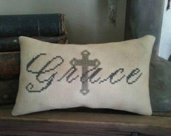 PriMiTiVe - - Grace - - EaRLy LoOk CrOSs STiTcH Cupboard Tuck -  LoVe