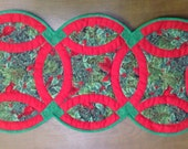 Table runner Christmas red and green wedding ring style quilted handmade table topper
