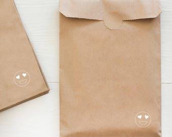 kraft paper gift bag - heart eyes emoji