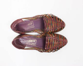 1980's Brazilian Leather Woven Sandals in Women's 8 // Natural Muted Colors  . 80s Slingback Flats . Red Orange Green