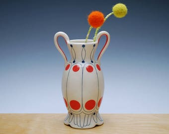 Bud vase in Ivory gloss w. Red polka dots & Navy detail, Victorian modern Home decor