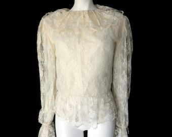 Vintage 70s Romantic Cream Lace Blouse// Boho Ladies Lace Sheer Shirt // Size S // 144