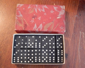 Vintage set of Dominoes with Box