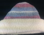Vintage Icelandic Wool Winter Hat Cream Rose Pink and Blue One Size 1970's