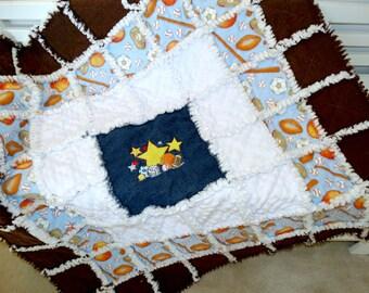 "Handmade Rag Quilt, Baby Boy ""All Star"""