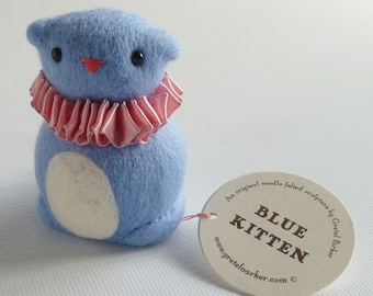 Needle felted cat, needle felted kitten, cat lover gift, needle felt animal, blue cat, cute kitten, felted cat, circus animal, Gretel Parker