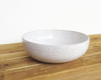 Single Pasta Bowl in Glossy White Glaze, Speckled, Stoneware Pottery, Ceramic Dinner Salad Bowl
