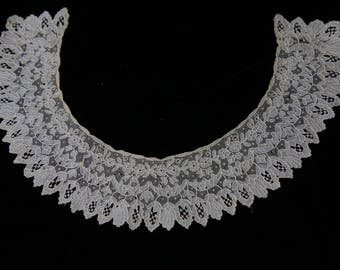 Early Antique Point de Gaze lace collar 1800s handmade heirloom collar