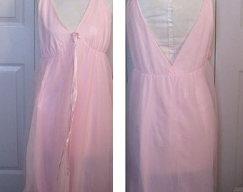 pink nylon nightgown . vintage pink negligee . pink nylon nighty .  Nylon Nightgown . size L / XL