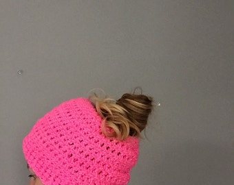 Slouchy crochet knit ponytail messy bun beanie winter hat