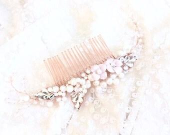 Rose gold bridal comb , blush bridal comb Pearl flower curved wedding Hair Comb, chignon hair piece, swarovski pearl and Rhinestone Bridal C