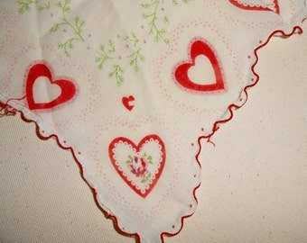Vintage Valentine Heart and Flower Handkerchief, Scalloped Hanky