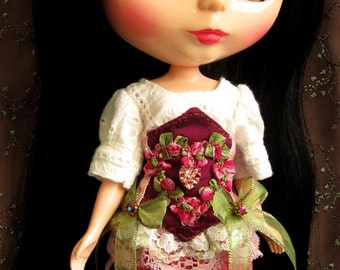 White broderie anglaise Blouse and Magenta Silk Corset for 12 inch Blythe dolls