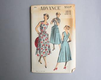 1950s Sewing Pattern / Vintage Sundress Wrap Dress Pattern / Uncut Advance Pattern 1950 38 bust 32 waist large 5537 Pockets full skirt