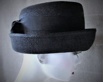 Vintage 1960's Hat Black Straw Wide Brim Cloche