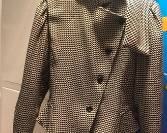 Asymetrical fitted unique jacket 1930-1940