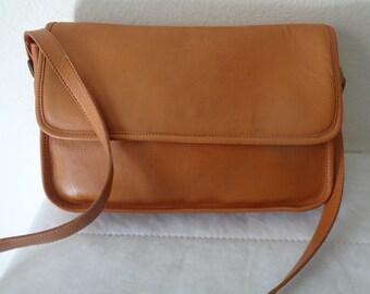 Carriage Court flap top purse , satchel, cross body bag  honey tan glove tanned  genuine leather unique vintage pristine condition