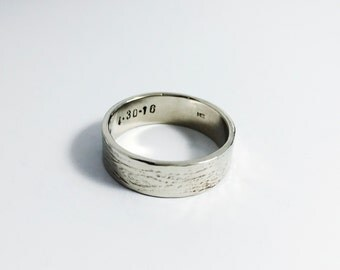 14K Wood Grain Wedding Band - White Gold - Wedding Ring - Tree Bark