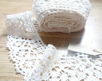 8 yds of 3 inch wide cotton lace