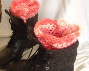 SALE - Bubblegum Chunky Scalloped Edge Boot Cuffs