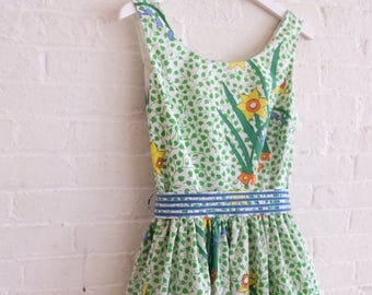 Tea dress { daffs } size 8-10