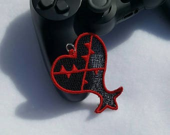 Lace Heartless Charm