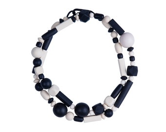 Cream and black geometric necklace,  by Frank Ideas