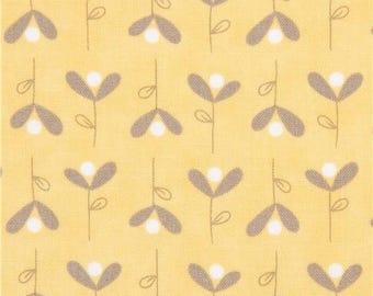 215055 yellow with cute small flower fabric Moda Fabrics