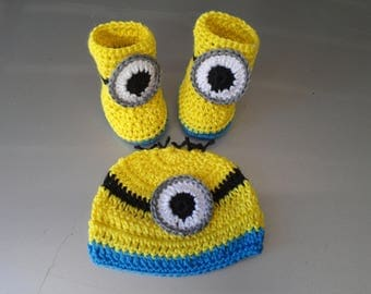 Crochet Baby Infant Boy Minions Hat and Booties Newborn Photo Prop Shower Gift MADE TO ORDER