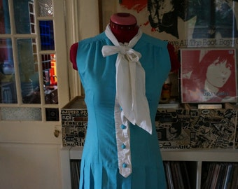 vintage pleated drop waist dress blue front button white bow tie 1960s 1970s mod twiggy 60s 70s