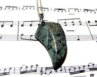 Eagle Beak Green Zebra Gemstone Pendant Unisex Jewelry for Men and Women Green Zebra Stone Necklace Most Popular Jewelry