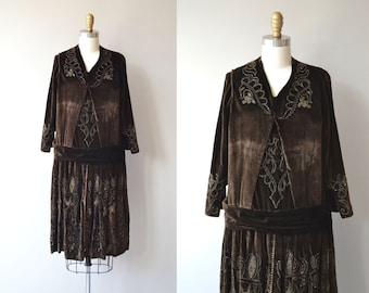 Modes Slovaques dress | vintage 1920s dress | velvet beaded 20s dress