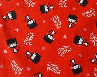 Valentine's Day Table Runner Cats You're Purrfect Hearts Red Padded