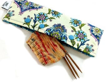 Stitch Holder Point Protector Zipper Pouch Needle Nook - DPN and Circular Project Holder -  Wallflowers