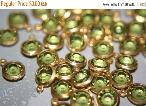 MARCH SALE Faceted Peridot Green Round Czech Pendants on Brass -6mm- 12 pcs