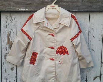 Vintage 4T girls coat, off white, umbrella calico, 70s