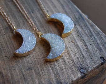 Druzy Agate Geode Crescent Moon Pendant Necklace. White Druzy Stone Moon Necklace