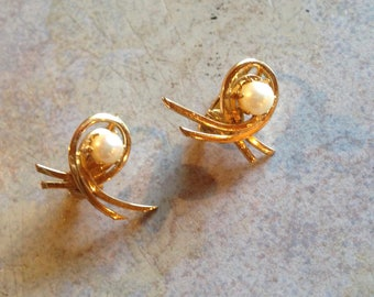 Goldtone Pearl Swirl Earrings