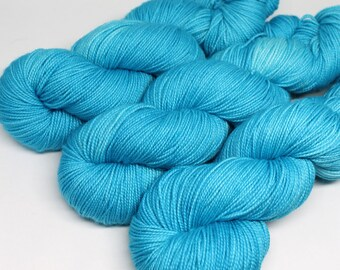 Hand Dyed  Speckled Sock Yarn - SW Sock 80/20 - Superwash Merino Nylon - 400 yards  - Turquoise