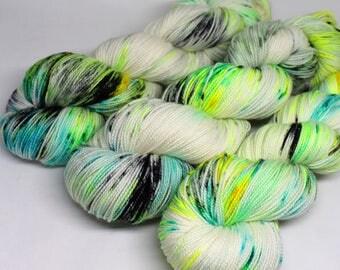 Hand Dyed Speckled Sock Yarn - SW Sock 80/20 - Superwash Merino Nylon - 400 yards  - Glow Bugs