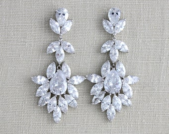 Crystal Bridal earrings, Wedding earrings, Bridal jewelry, Statement earrings, Swarovski earrings, Silver crystal earrings, Vintage style
