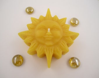 Beeswax Rustic Sun Floating Candle