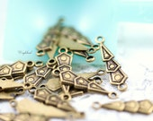 Antique Brass Triangular Connectors Stampings - 10