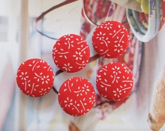Special SALE-Japanese Red White Chic Traditional Sakura Cherry Blossom Floral, Choose Size - Handmade Fabric Covered Buttons(5PCS)