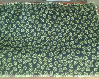 Green Flowers and Monkeys with Bananas Tie Fleece Blanket