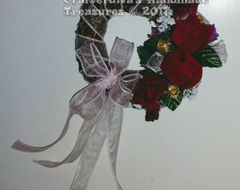 Wreath, Valentine's Day Wreath, Silk Floral Arrangement, Handmade Wreath, Home Decor, Wall Decor, Door Decor, Holiday Decoration, USA Made
